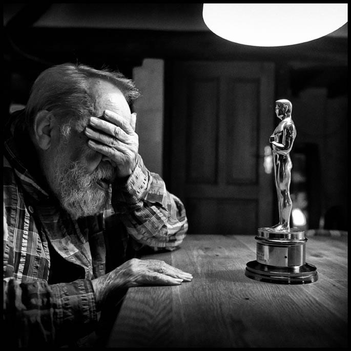 Børge Ring and the Oscar - Photo by Jan van de Nieuwenhuijzen
